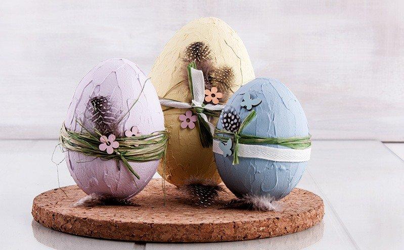 Bunte Styropor Eier