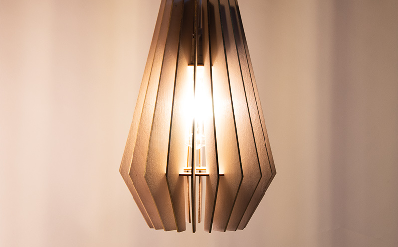 Lamellenlampe, gold