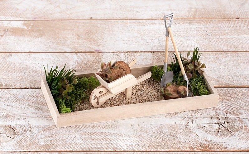 Langes Holz-Tablett