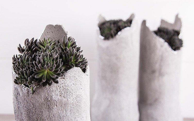Vase aus Knetbeton