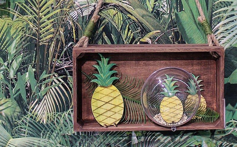 Wanddeko Holzkiste mit Ananas