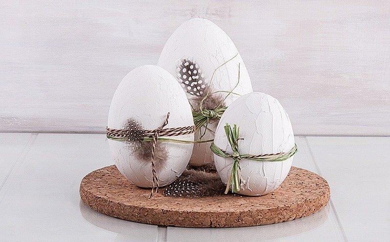 Weiße Styropor Eier